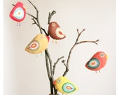 bird ornaments / nursery decoration / birds on branch