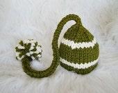 Newborn Baby Elf Hat with Pom Pom in Cilantro Green and  Vanilla - Soft Wool Blend yarn - Newborn - 3 Months Size