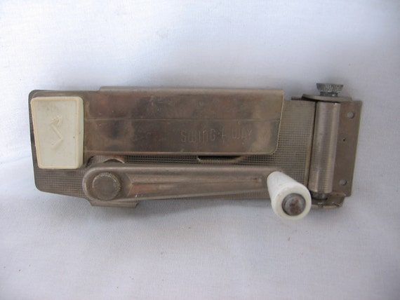 Swing -A- Way Retro Hinged Wall Mounted Can Opener