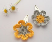 Crochet Flower Hairclips Grey Yellow Daisy