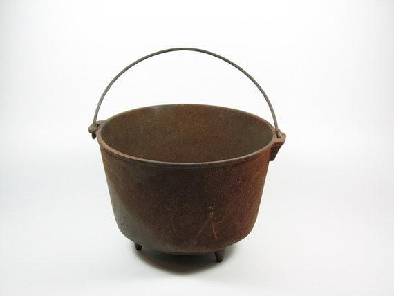 Vintage Cast Iron Kettle Pot with Handle