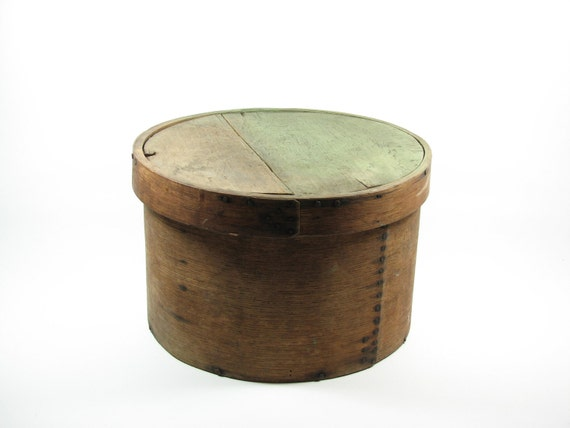 vintage round wood cheese box with lid. Black Bedroom Furniture Sets. Home Design Ideas