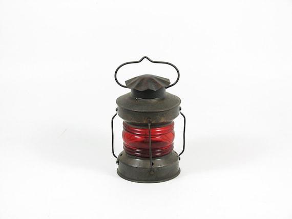 Vintage Candle Lantern Hanging Lamp Tea Light Candle Holder Outdoor Lighting Red Metal