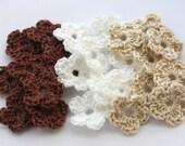 Crochet flowers in beige brown white