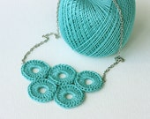 Bubble jewelry Crochet necklace teal  cockatoo green olympic circles quintette fiber art spring accessories