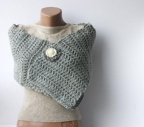 Grey wool scarf crochet chunky Light neutral Spring accessories Fall fashion