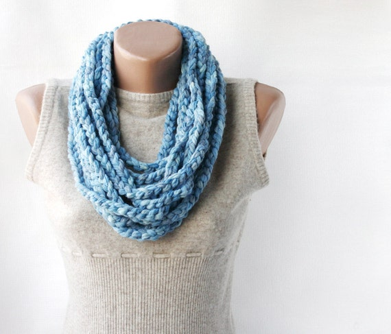 Blue wool scarf - infinity chunky crochet - marbled sky blue Spring accessories fashion chain necklace