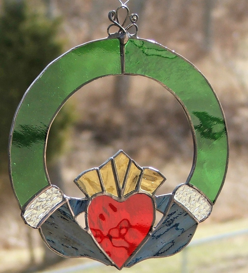 Celtic Stained Glass Claddagh Suncatcher