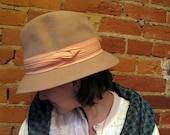 1970s Tan Wool Hat with Peach Ribbon