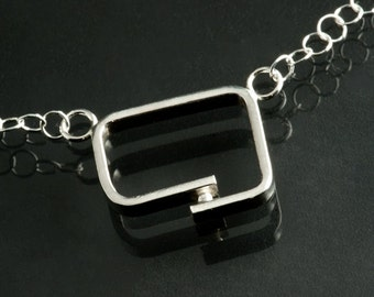 Sterling Silver Retro Outside of the Box Pendant Soft Square overlap shape