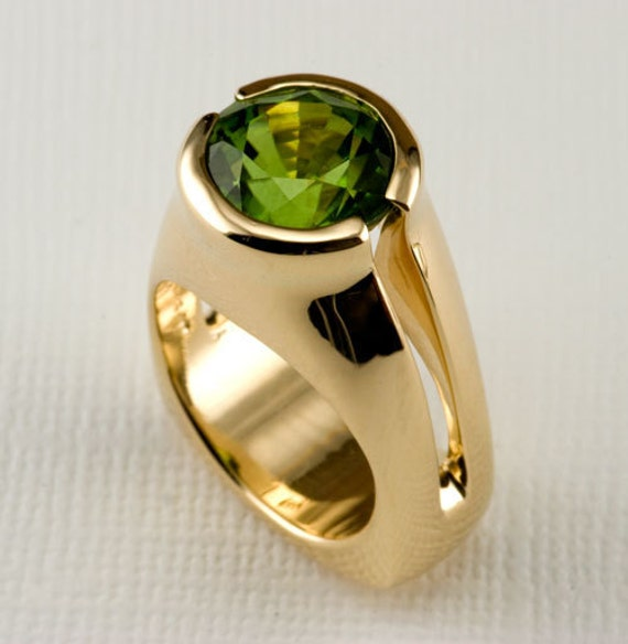 14 KT Yellow Gold and Large Round Peridot 14 Kt  Yellow Gold Cast Ring, size 6.5 Ready to Ship, OOAK, August Birthstone Ring 14kt Gold