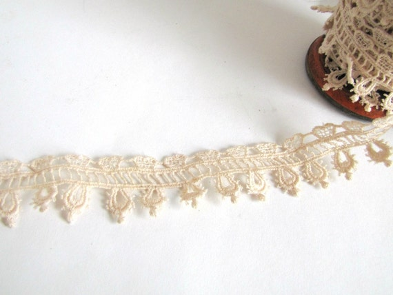 Vintage Beige Handmade Lace Trim (5 yards)