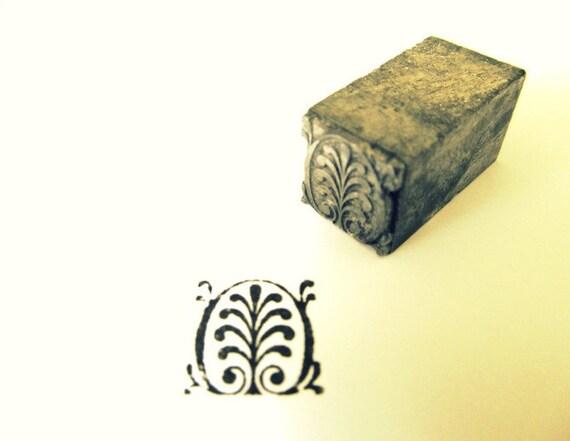 Vintage Metal Printers Block Ornate Leaf Design