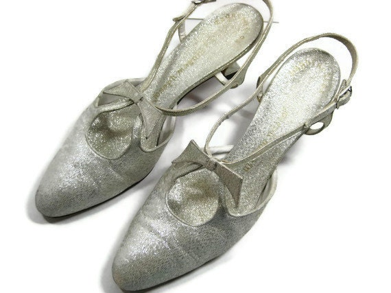 Joseph Magnin Silver Metallic and Leather Pumps 60s