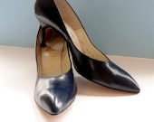 Vintage 1950s Navy Blue Steletto Heel by Valley Shoes Work Shoes Madmen Style Joan