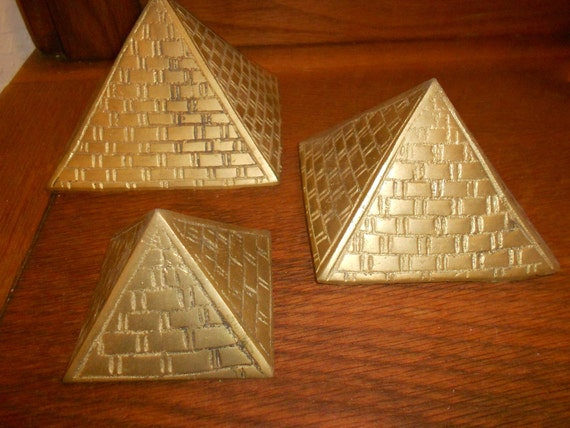 Egyptian Pyramids Vintage Brass Nesting Set Of 3 With Good