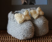 Handknitted Baby slippers with grey 0-3 months