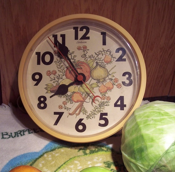 Retro Electric Kitchen Wall Clocks: Sunbeam Electric Wall Kitchen Clock Vintage By CaughtInTheWeb