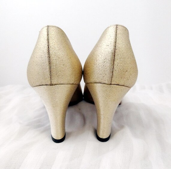 anabella . vintage . 1950s . formal . heels . size 10 . metallic gold . rhinestones . embellished . art deco style .