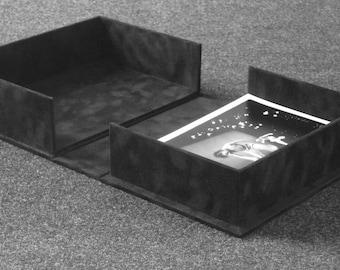 Clamshell Box Black Velvet Flock