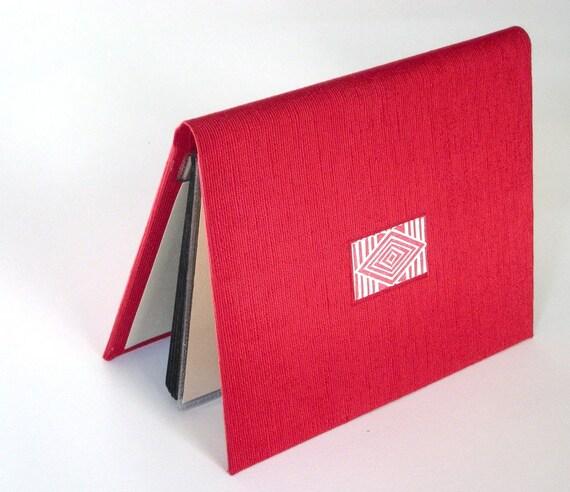 Photo Album Wallet - Scarlet Cloth