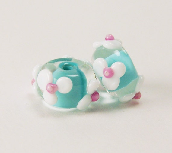 Handmade Lampwork Glass Beads in Turquoise and White - Floral bead pair