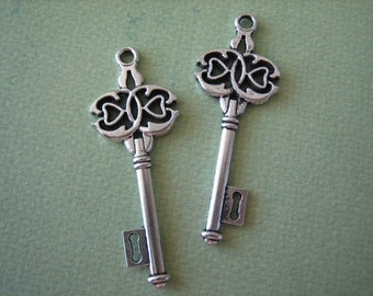 2PCS - Alloy Key Charm - Antique Silver Finish - 16x45mm - Findings by ZARDENIA