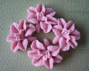 4PCS - Lily Flower Cabochons - Resin - 14x16mm - Blush - Cabochons by ZARDENIA