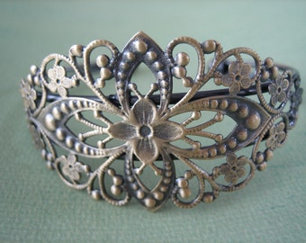 1PC - Antique Brass Diamond Filigree Cuff Bracelet - Jewelry Findings by ZARDENIA