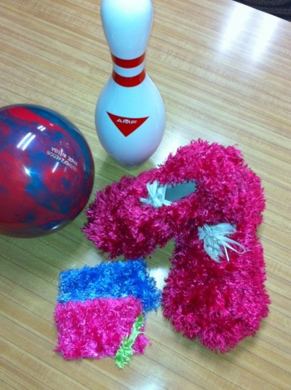 Furry Bowling Shoe Covers, shoe protector, dry dogs