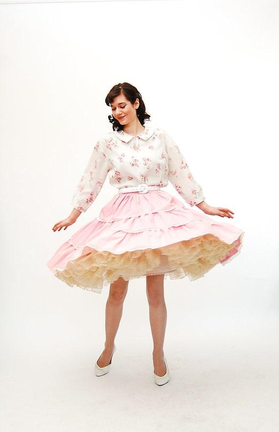 Vintage 1960s Circle Skirt - 60s Full Skirt - Petal Pink Swiss Dot
