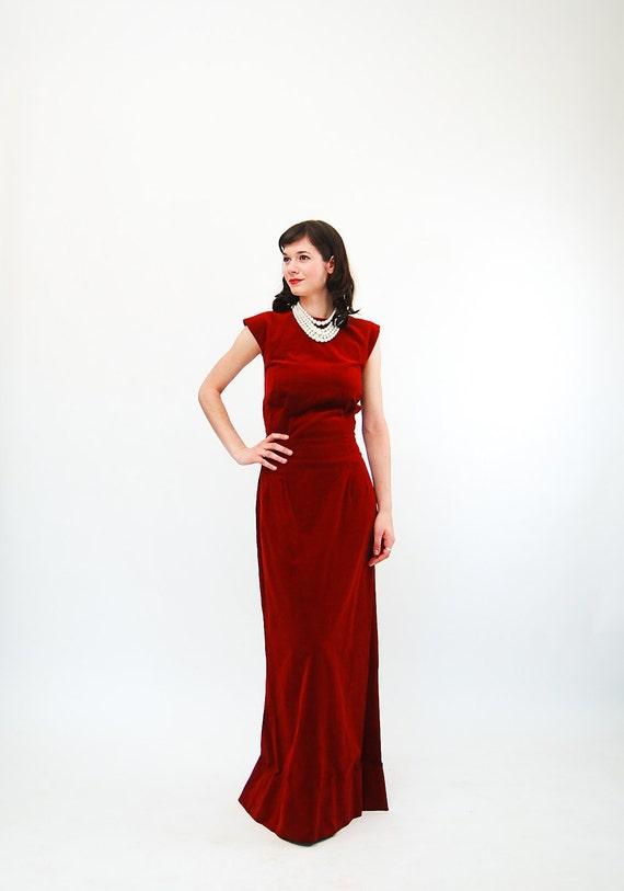 Vintage 1950s Evening Gown - 50s Formal Dress - Crimson Red Velvet