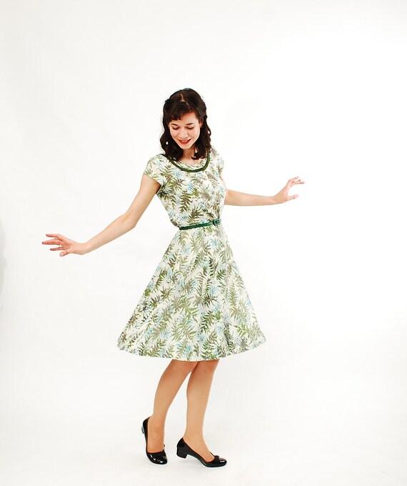 Vintage 1960s Summer Dress - 60s Shirtwaist Dress - Green Fern Print