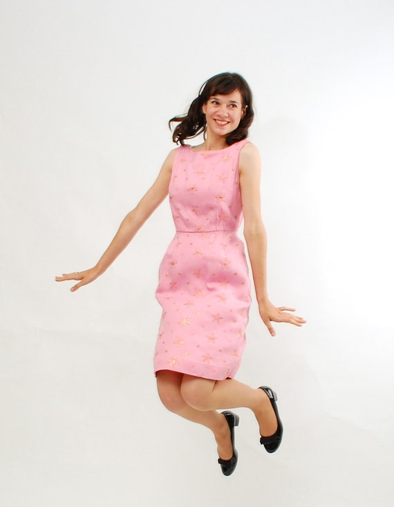 Vintage 1950s Wiggle Dress - 50s Summer Dress - Bubble Gum Pink