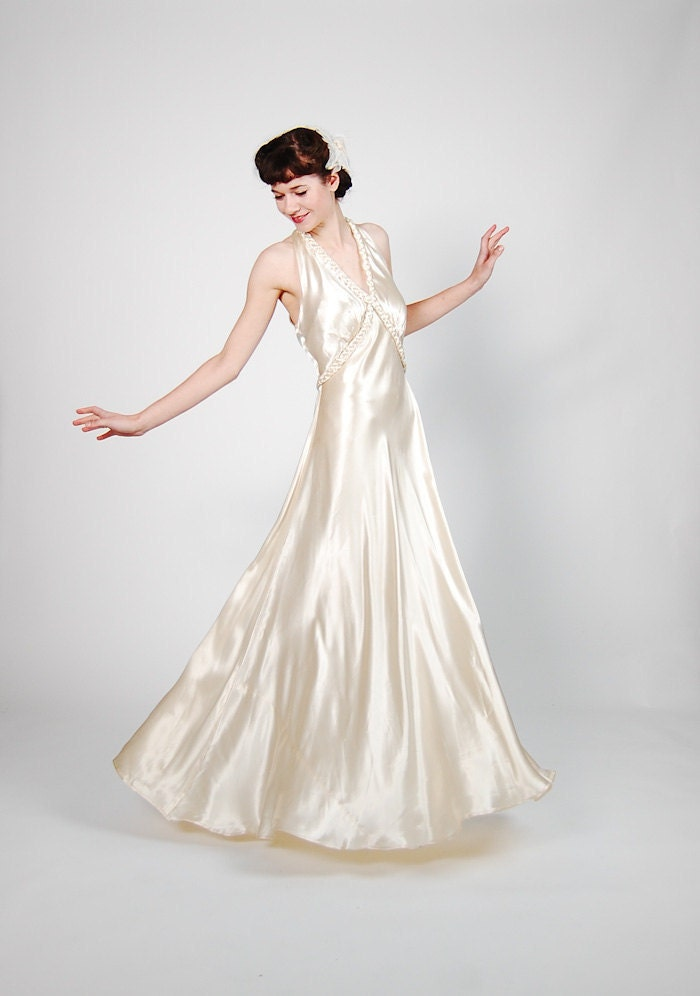 Vintage 1930s Wedding Gown 30s Wedding Dress Dramatic