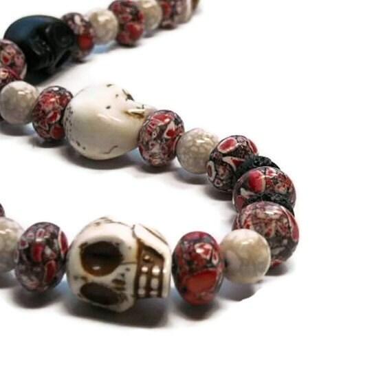 Day of the Dead Chunky Skull Necklace, Día de los Muertos, Red, White, Black, Beaded TT Team