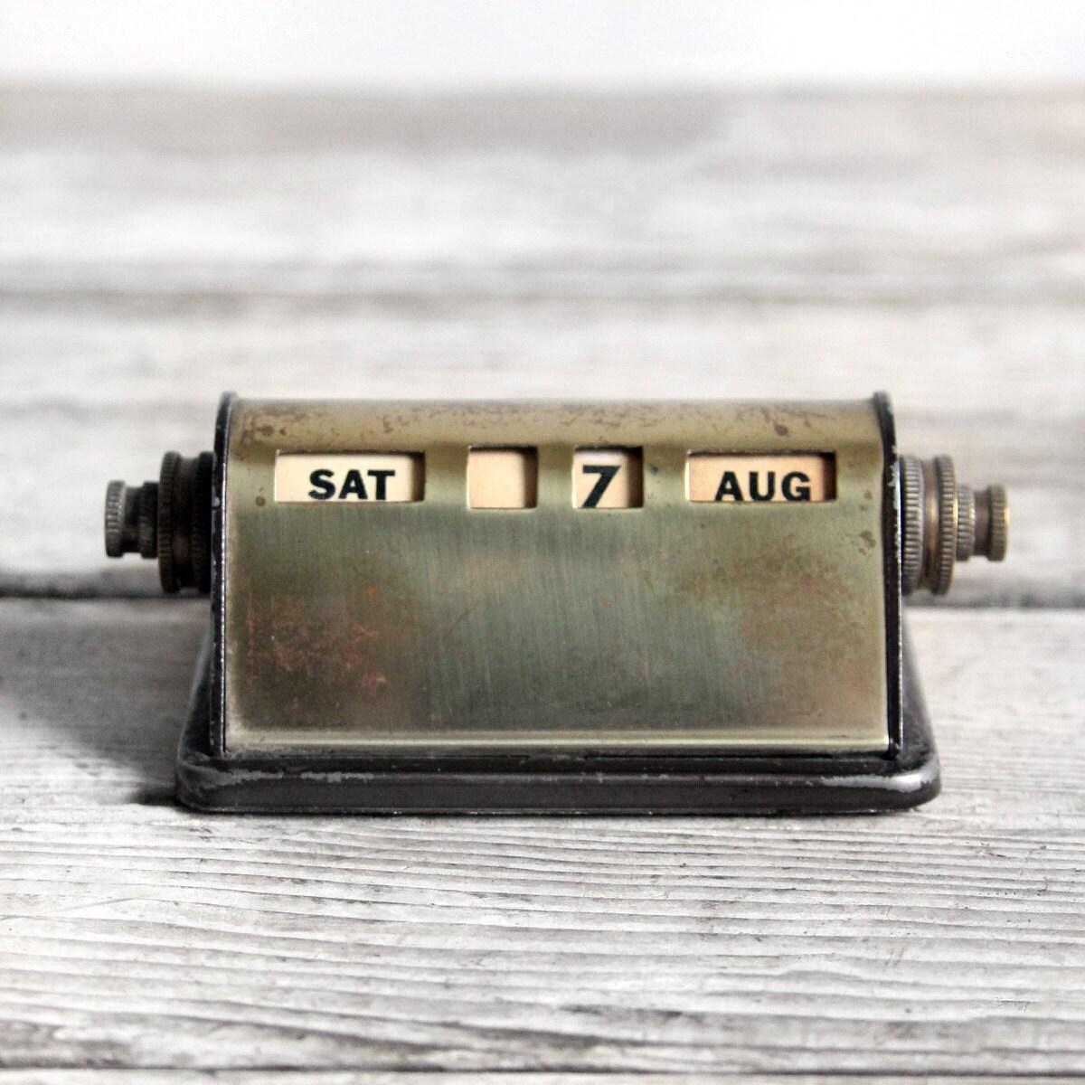 Vintage Desk Calendar 82