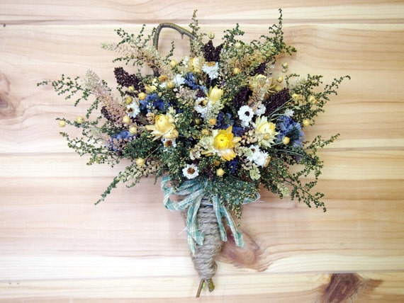 RUSTIC HOME Dried Flower Wall Basket - Perfect For a Country Look - Brown - Blue