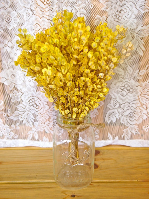 COUNTRY GOLD Dried Flower Wedding Table Bouquet - Perfect for Simple Rustic Weddings
