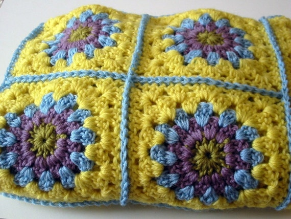 Crochet Pattern Vintage Style Granny Squares Afghan Throw Instant Download PDF
