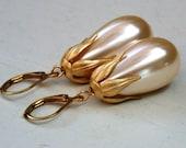 Vintage Style Cream Pearl Drops Earrings