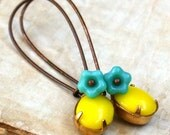 Turquoise Czech Flower With Lovely Vintage Opaque Yellow Oval Stones Earrings
