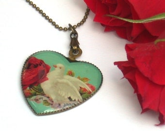 Heart Necklace - Dove of Love Vintage Necklace - Nostalgic Romantic Feminine Gift For Her Vintage Style