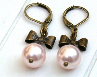 Antique Style Pearl Bow SWAROVSKI Pearl Pink Earrings