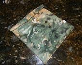 Reusable Sandwich Bag with Snaps - Eco Friendly, Dishwasher Safe, Stain Resistant - Olive Tapenade Batik