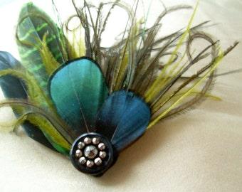 emeraldine- small fascinator in green and black