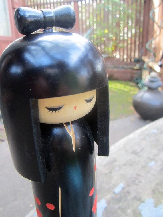 Vintage Creative Kokeshi Shingata Doll Figurine