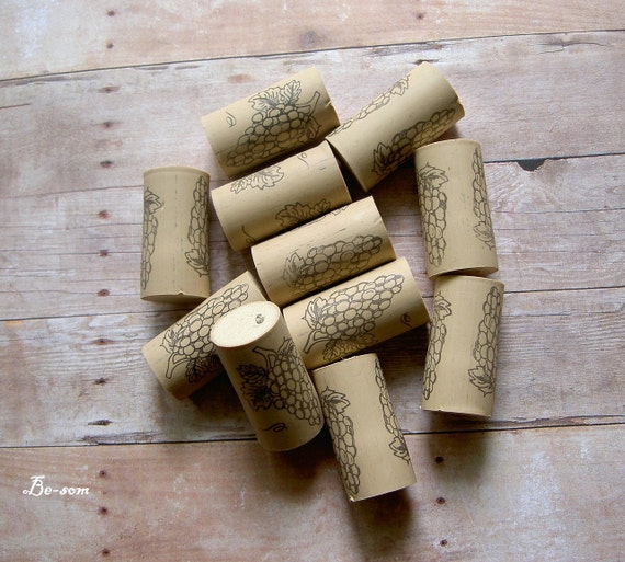 Got Cork - Eleven Wine Corks / Stoppers - (GRAPE DESIGN) - perfect for your own homemade tinctures or oil blends.