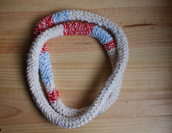 Knitted cotton necklace in red, sand and blue - summer beach feeling - soft jewellery - washable