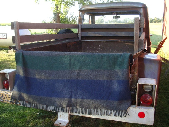Vintage Mixed Blend Fringed Lap Blanket Blue Gray An Green